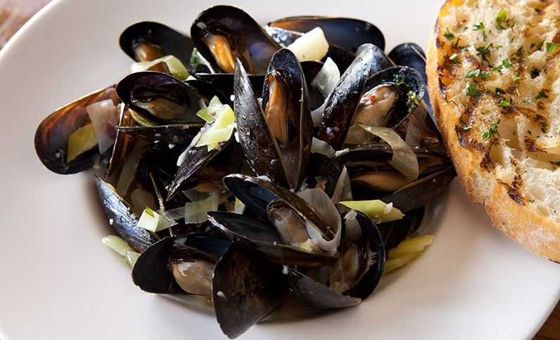 The Shores Restaurant and Mussels