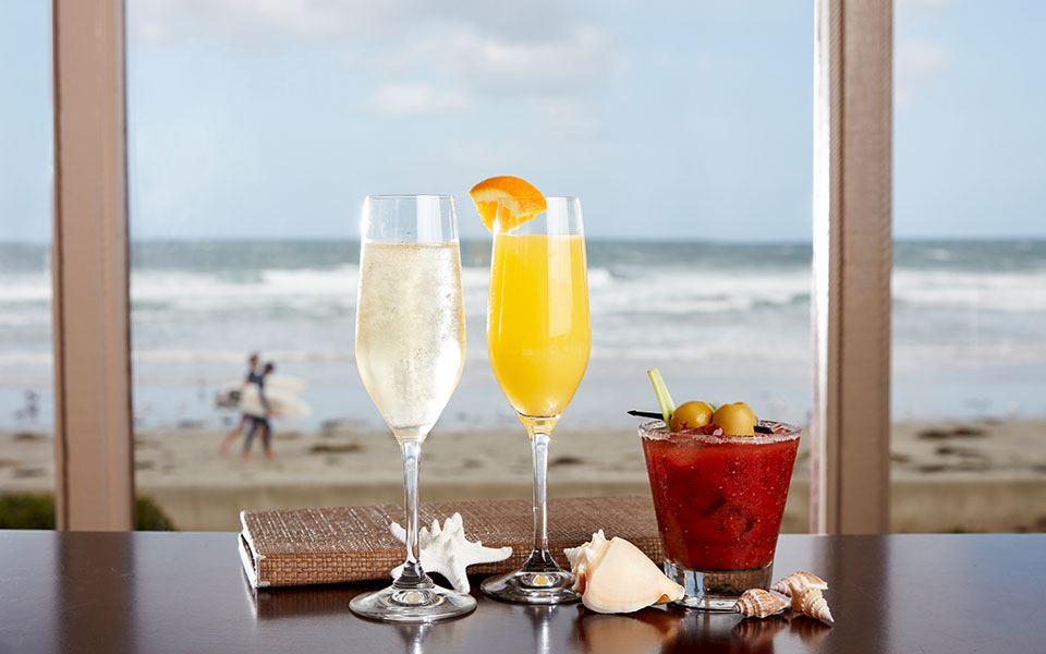 Bar and Cocktail Menu at The Shores Restaurant